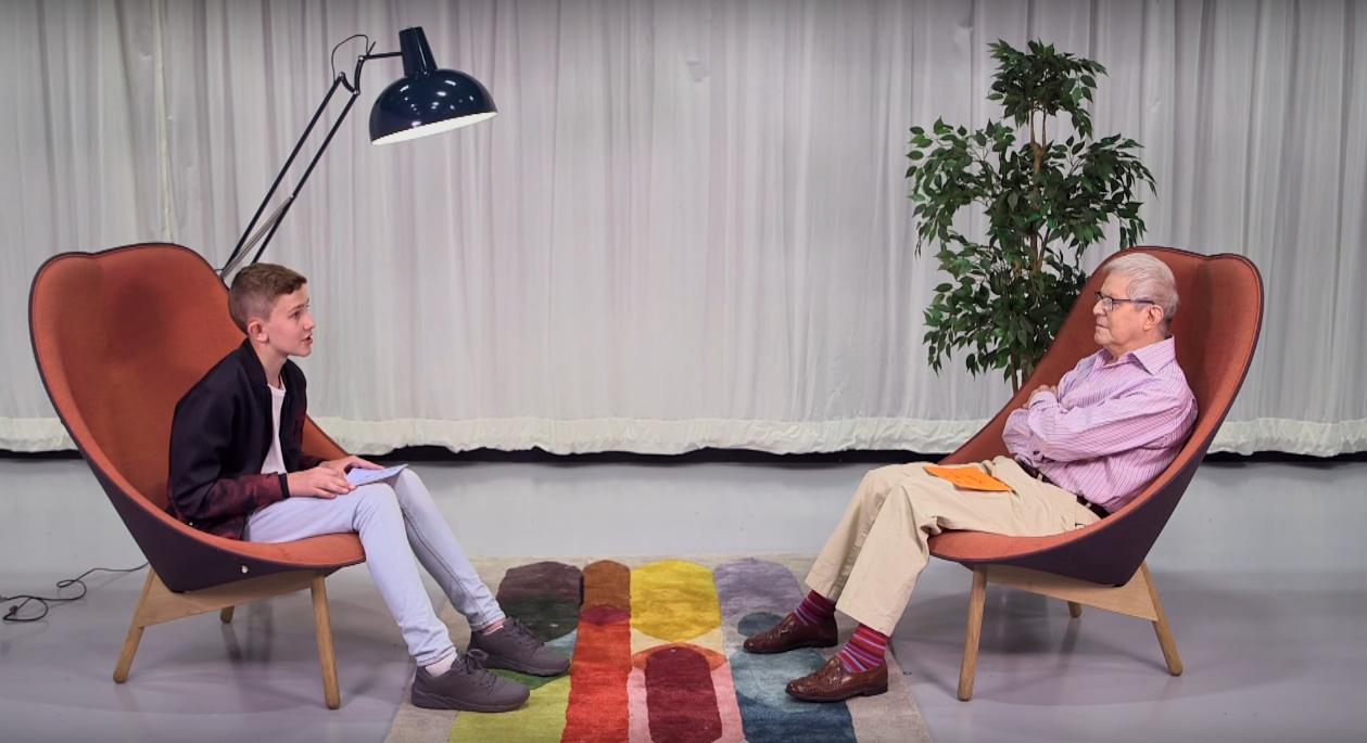 İzleyin: Biri 78, Biri 13 Yaşında, Birbirlerine Kendi Eşcinsellik Hikayelerini Anlatıyorlar!