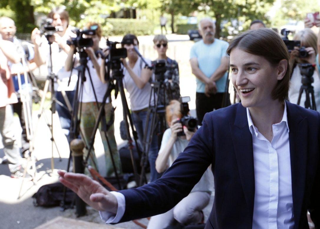 """Sırbistan Başbakanı Sadece """"Lezbiyen"""" Olarak Tanınmak İstemiyor!"""