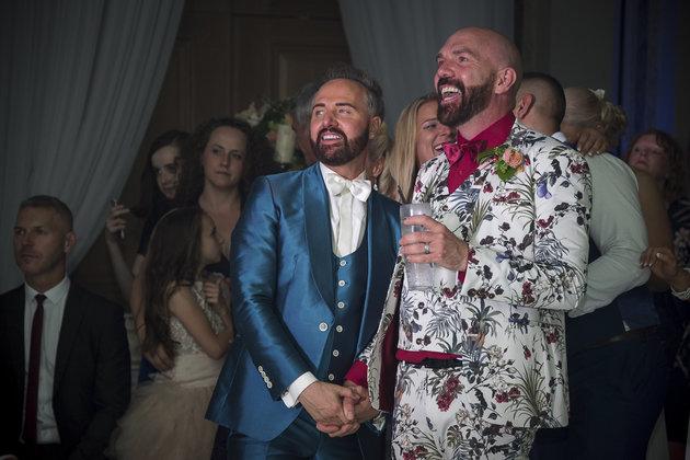 Büyülü ve Diva Temalı Bir Düğünle Evlendiler