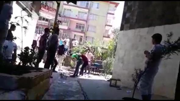Diyarbakır'da Trans Kadına Sokak Ortasında Dayak!