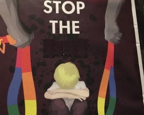 Bu İğrenç Posterler Avustralya'da Evlilik 'Tartışması'nın Parçası Olarak Boy Gösteriyor