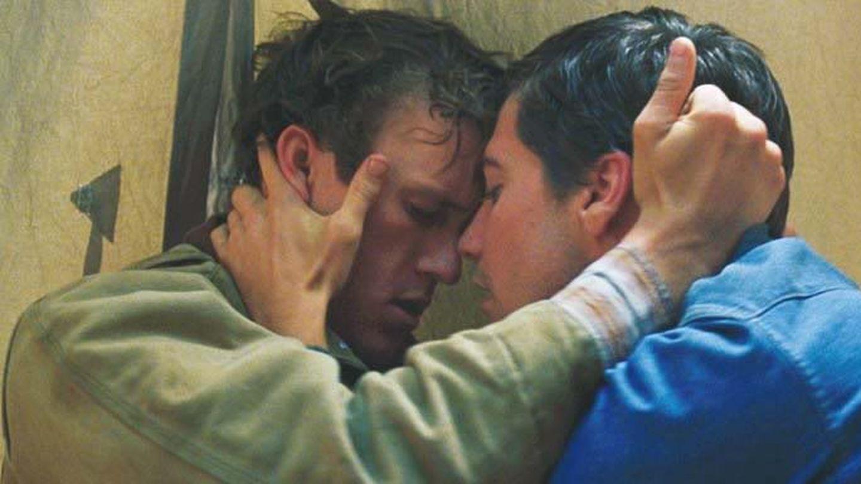 Sinema Tarihinin En Unutulmaz Eşcinsel Öpüşme Sahneleri!