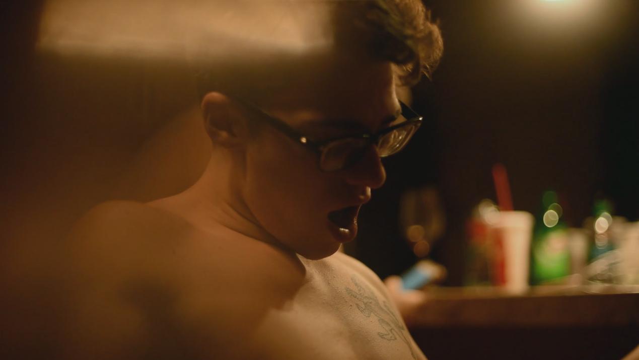 Arkadaşlık, Cinsellik ve Yakınlık Üzerine Olan Yeni Film 'Flowers'