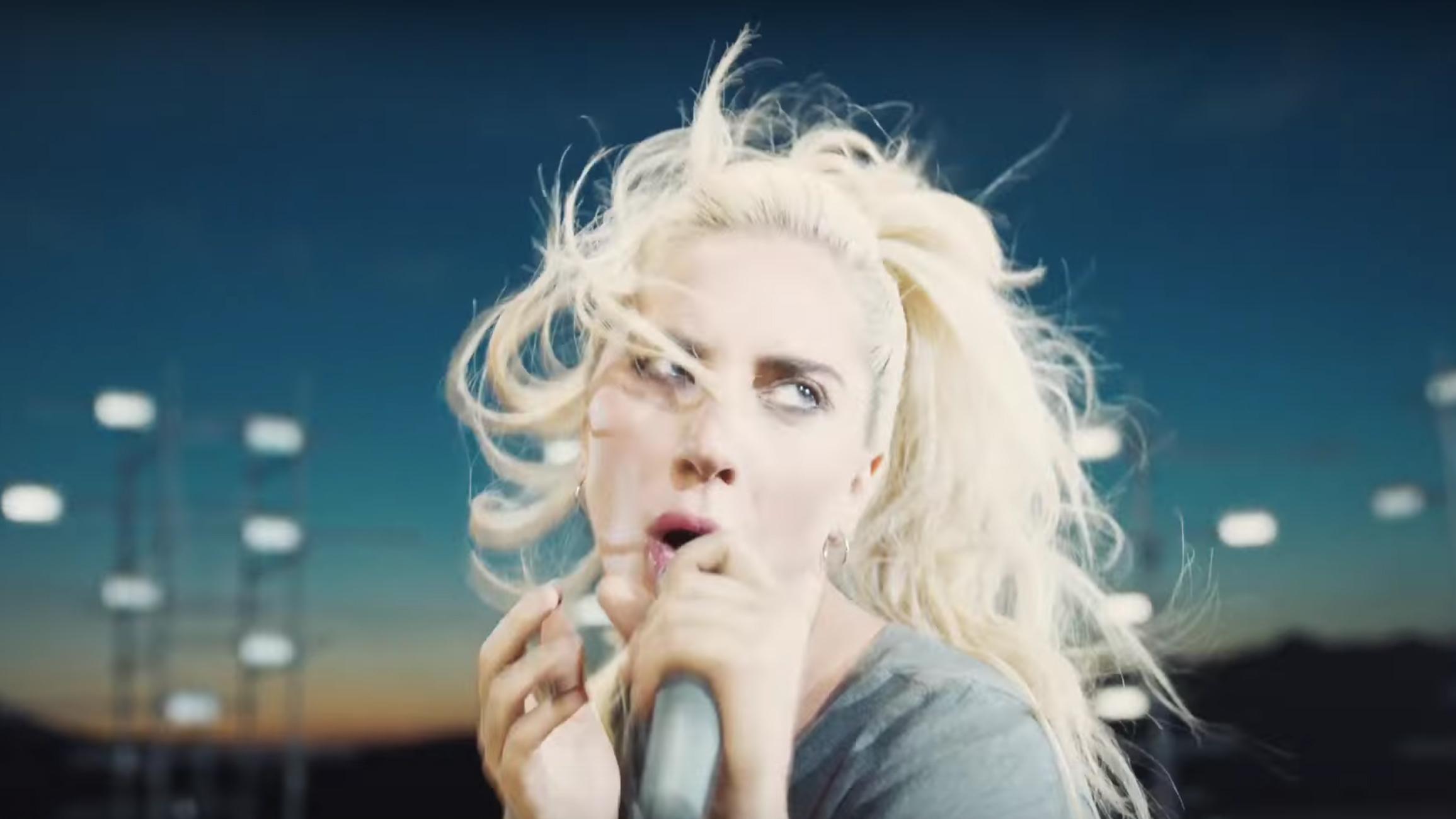 Lady Gaga'nın Korkunç Balmumu Heykeli Hayranlarını Kızdırdı!