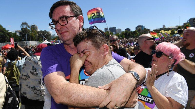 KAZANDILAR! Avustralya, Evlilik Eşitliğine Büyük Bir Farkla EVET Dedi!