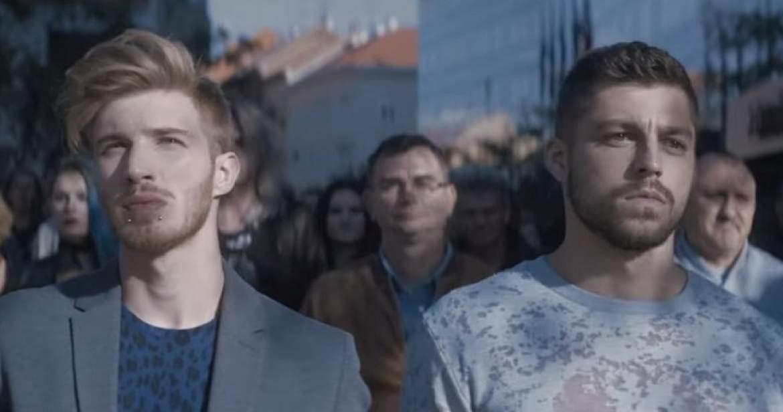 İzleyin: Homofobikler, Hırvat Bankasının Reklam Filmini Çekemedi!