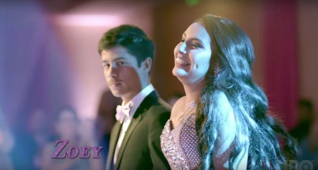İzleyin: Yeni HBO Belgeselinde Transseksüel Kız Ergenliğini Kutluyor!