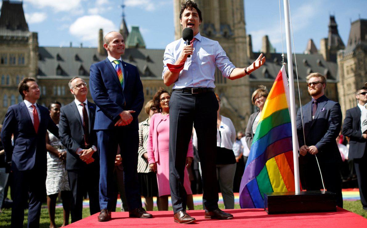 Justin Trudeau Pazar Günü LGBT'lerden Özür Dileyecek