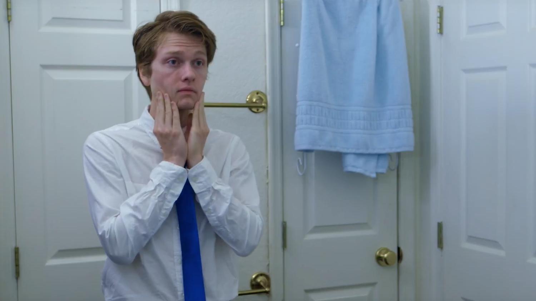 """İzleyin: Açılmamış Eşcinsel Bir Genci Konu Alan Kısa Film """"Last Dance"""""""