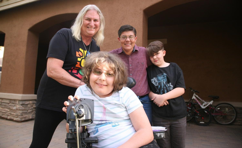 Dört Kişilik Ailedeki Herkes Transseksüel
