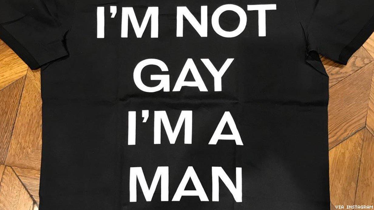 Dolce & Gabbana'nın Yeni Çıkardığı Tişört İçselleştirilmiş Homofobi Kokuyor!