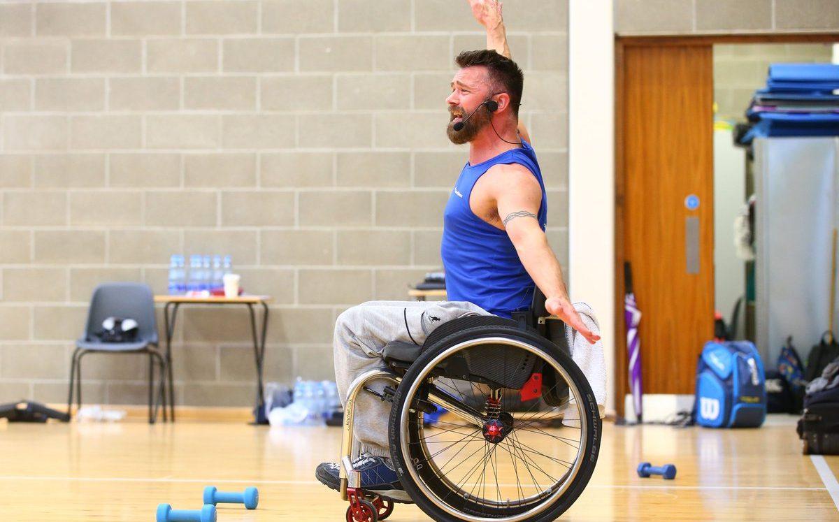 Tekerlekli Sandalyedeki Gay Fitness Eğitmeni: Sakatlık, Yetersizlik Değildir!