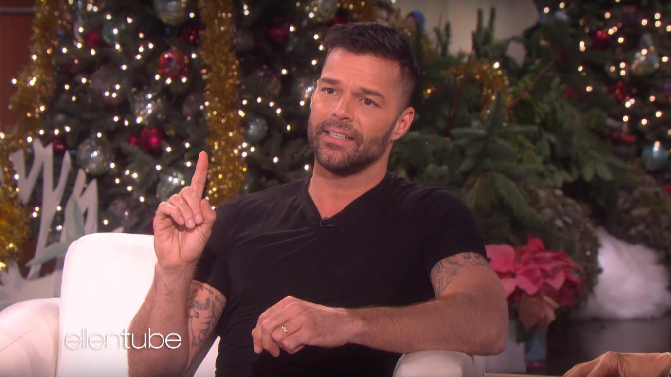 İzleyin: Ricky Martin Homofobi ve TV'de Poposunu Göstermek Hakkında Konuştu