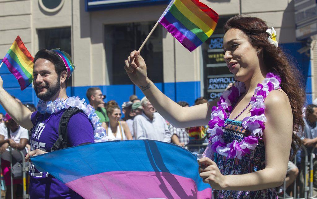 Yarın Gerçekleşecek Transeksüel Onur Yürüyüşü'ne 60.000 Kişinin Katılması Bekleniyor