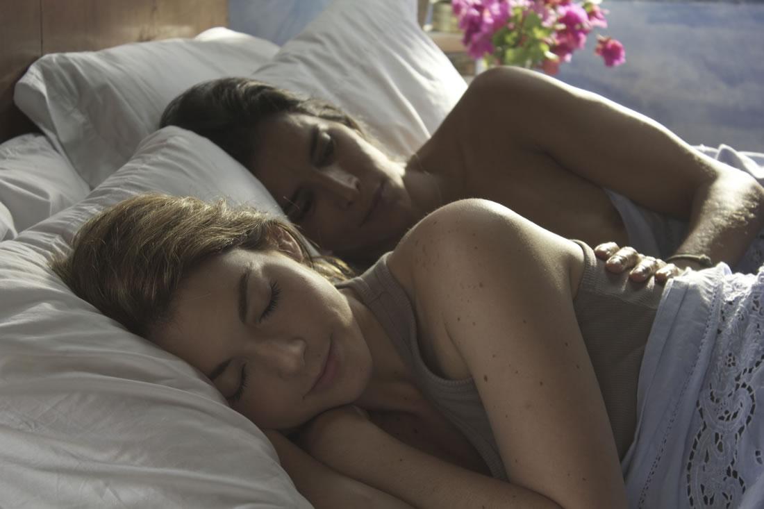 Порно фильмы новые с лесбиянками фото