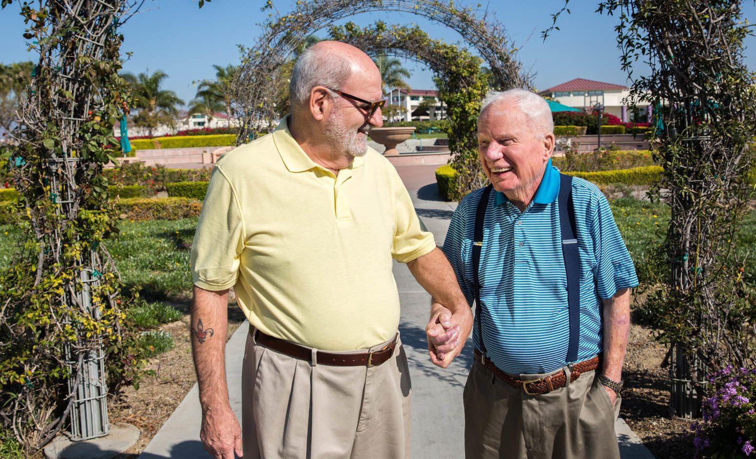 100 Yaşındaki II. Dünya Savaşı Gazisi, Kocasıyla 25. Yıl Dönümlerini Kutluyor