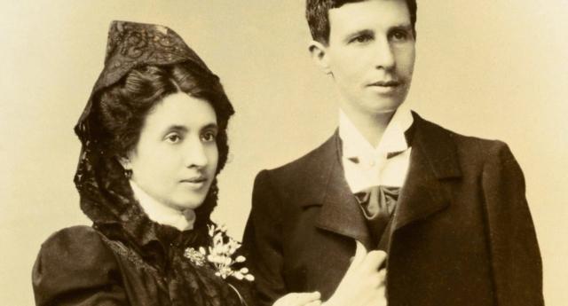 1901'de Evlenen İspanyol Lezbiyen Çift İle Tanışın