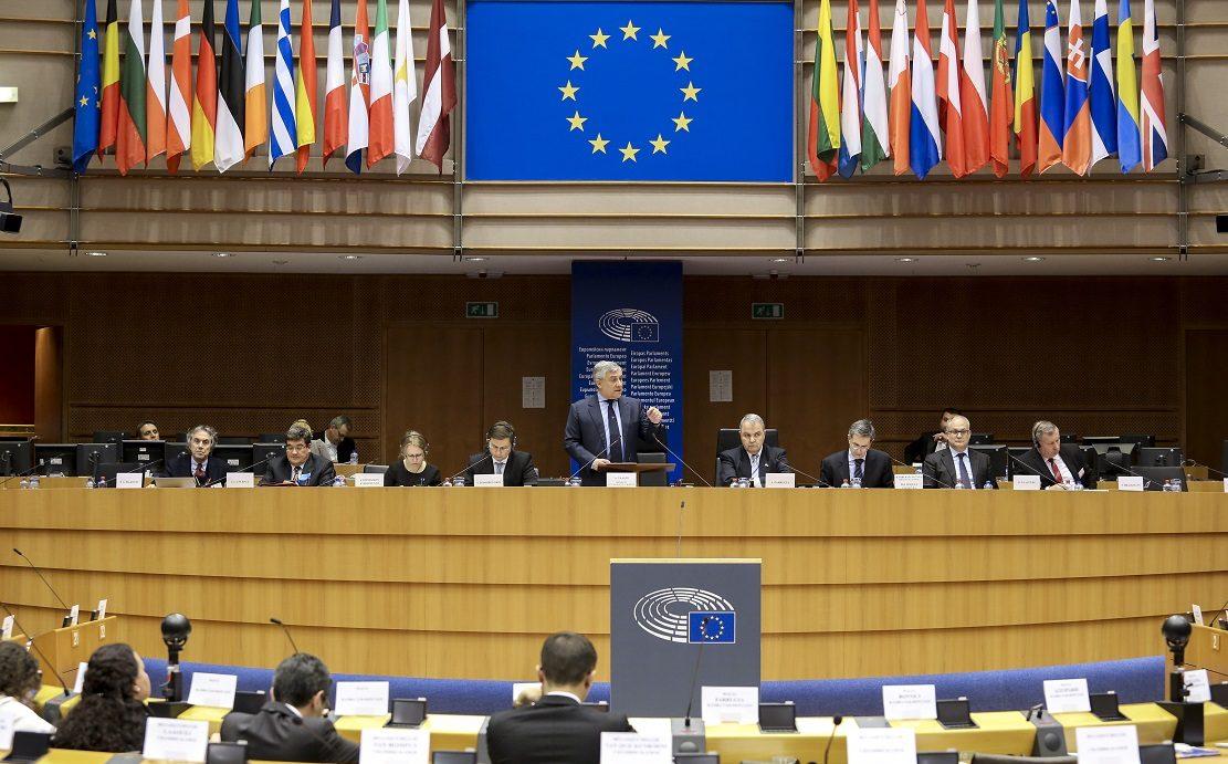Avrupa Parlamentosu, Eşcinsel 'Tedavi' Terapisini Kınadı ve AB Üyesi Ülkeleri Uyardı!