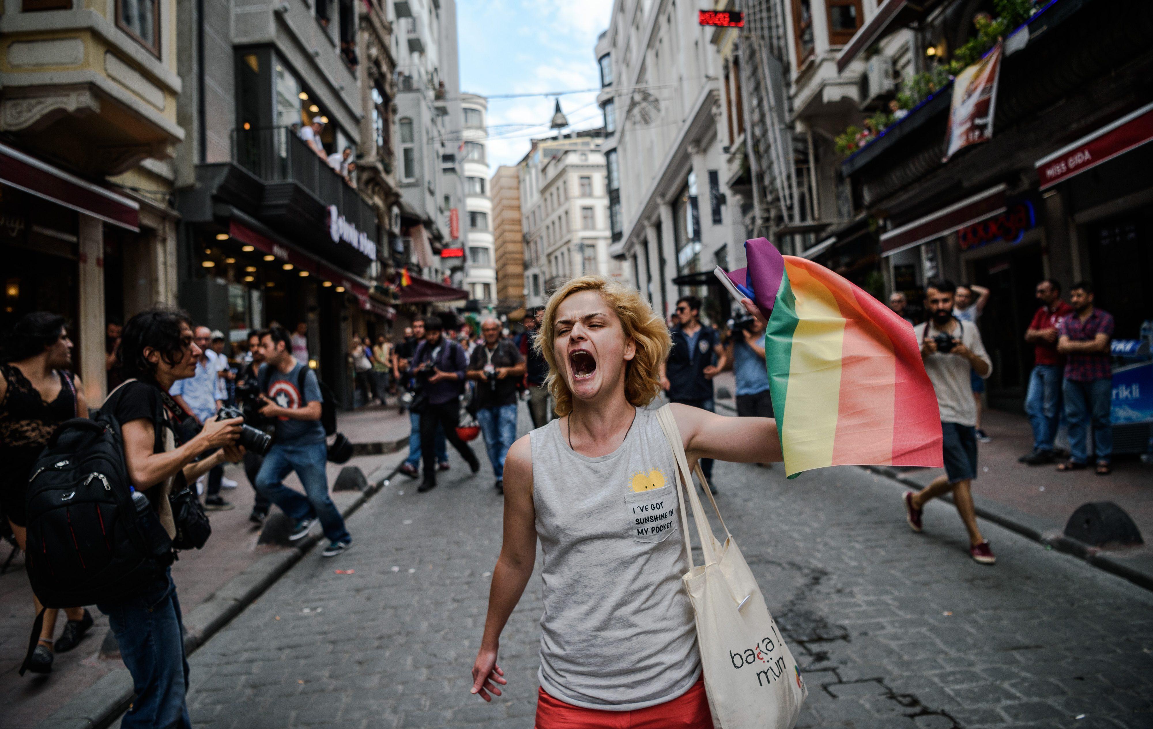 Türkiye, Rusya ile Beraber Avrupa'nın En Kötü LGBT Dostu Ülkesi Oldu!