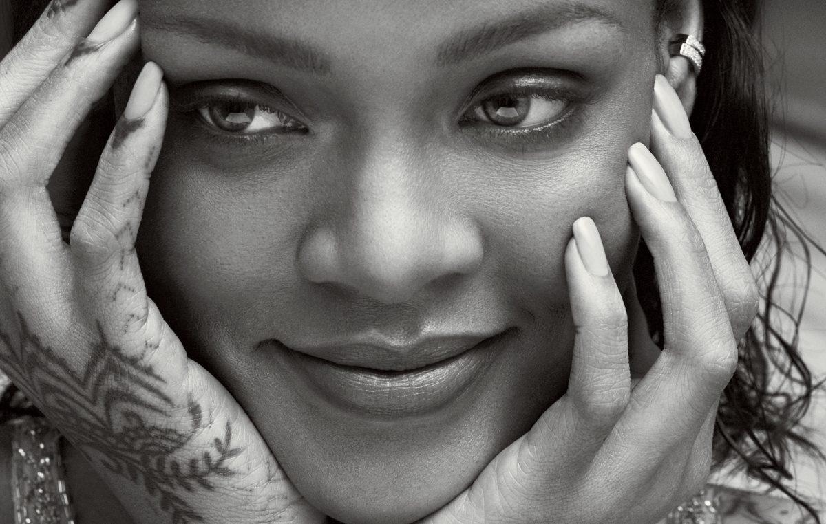 Rihanna'dan, Barbados'un Yeni LGBT Destekçisi İlk Kadın Başkanına Destek!