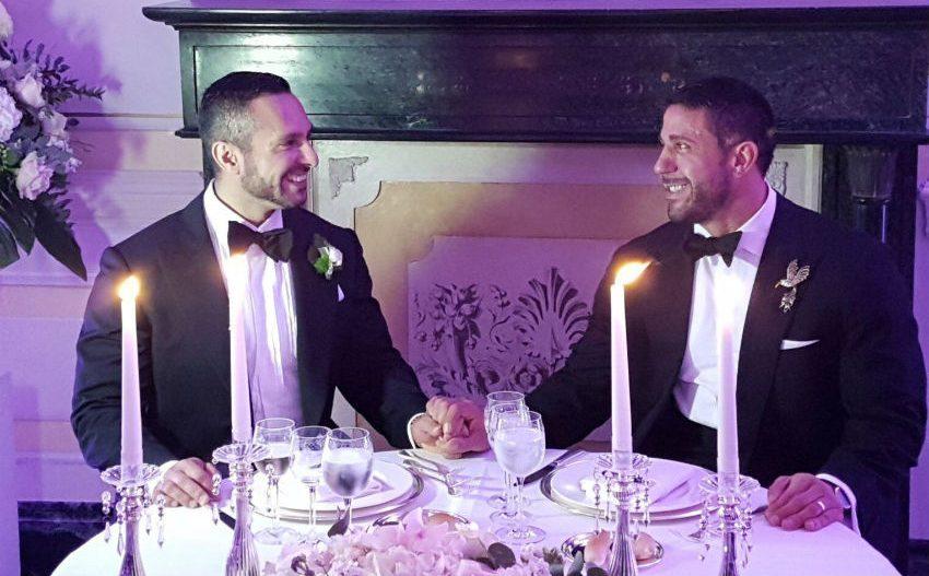 Eşcinsel Porno Yıldızı Çift, Sette Tanıştıktan 12 Yıl Sonra Evlendi