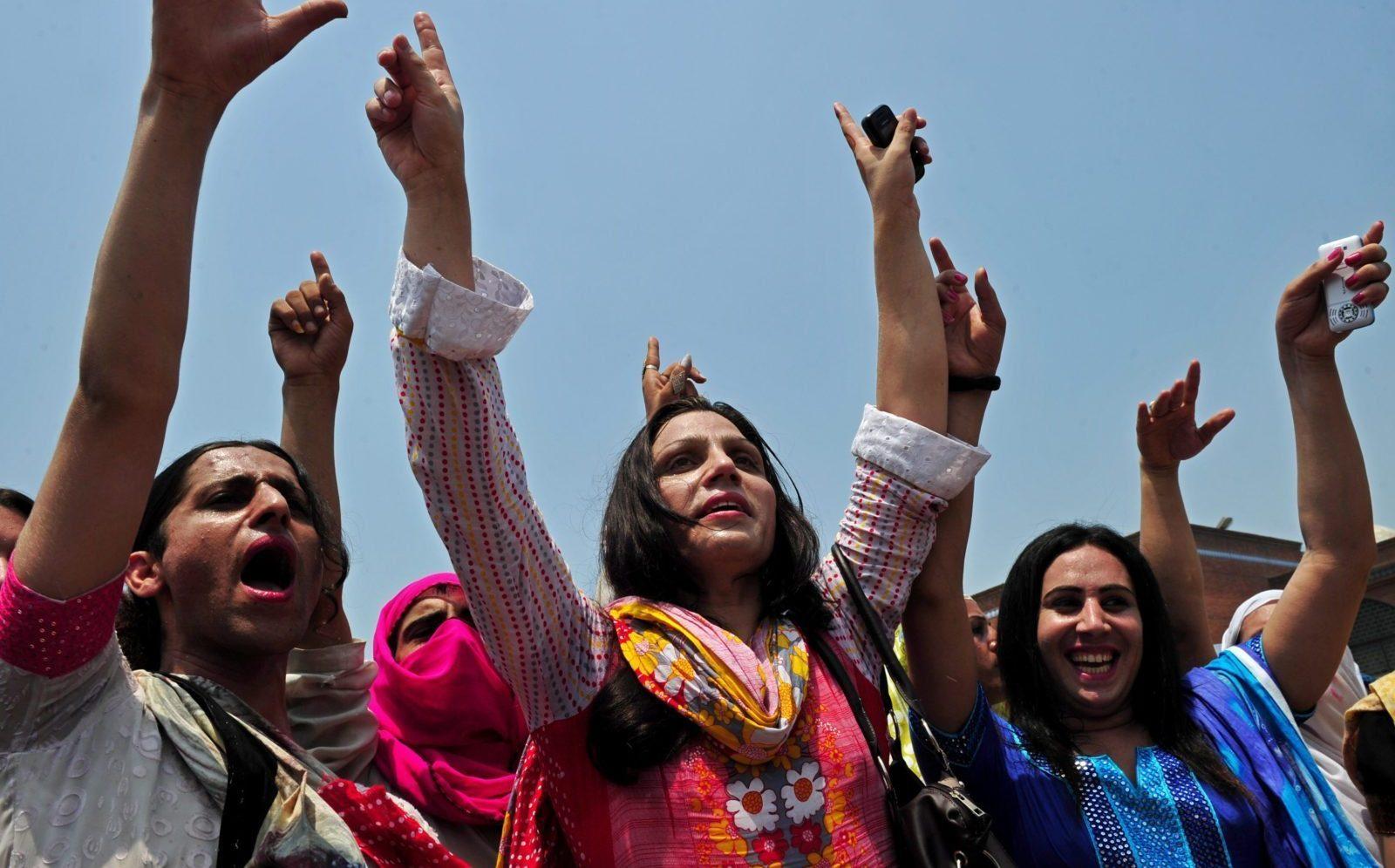Pakistan, Temel Hakları Garanti Altına Alan Tarihi 'Transseksüel Kişiler Yasası'nı Geçirdi!