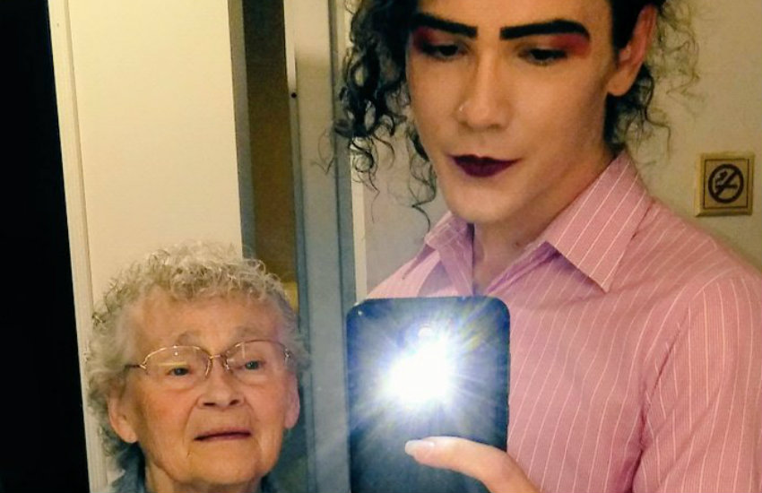 86 Yaşındaki Babaannenin Trans Torununa Verdiği Tepki Görmeye Değer
