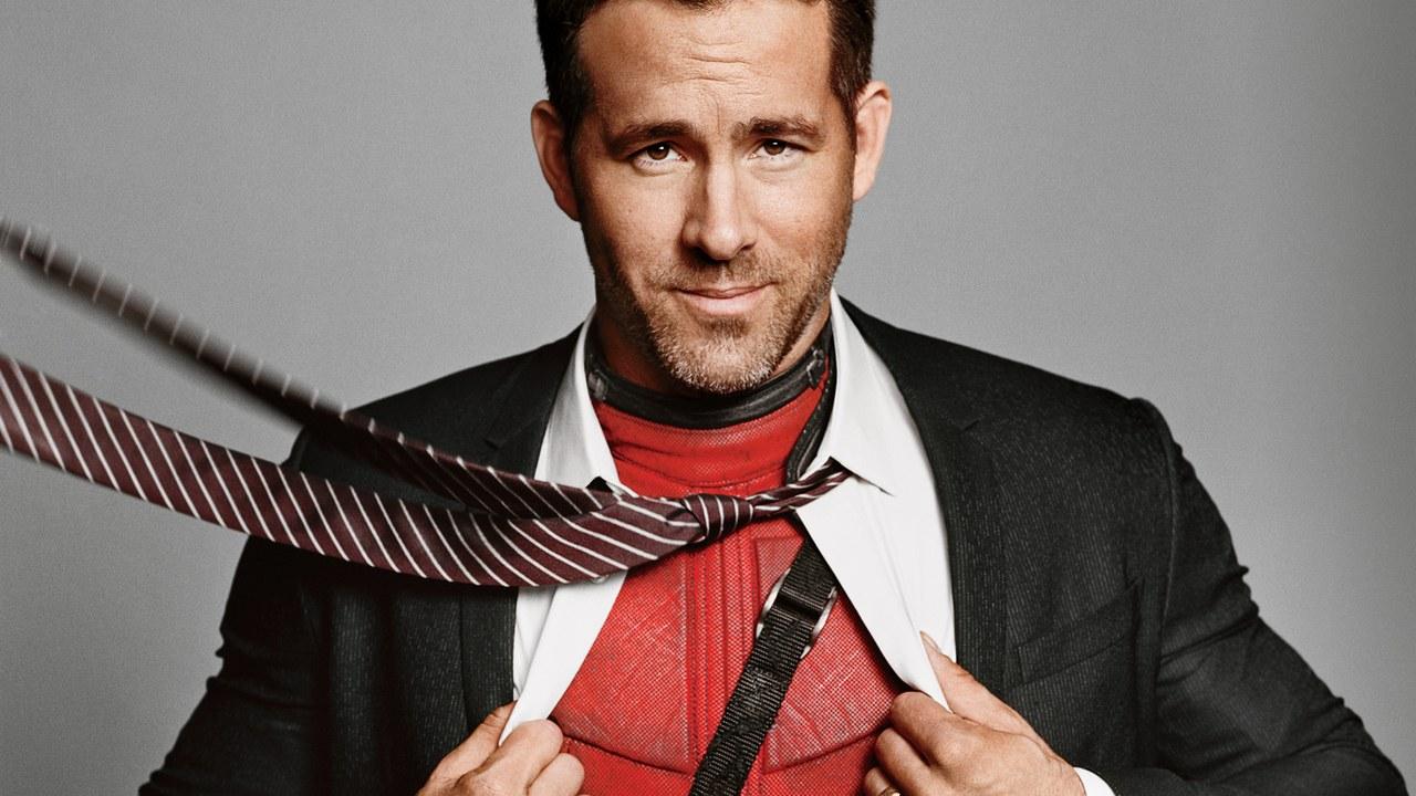 İzleyin: Ryan Reynolds Kore Televizyonuna Tek Boynuzlu At Kostümü ile Katıldı