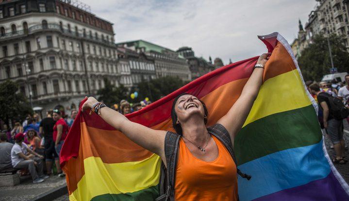 Çek Cumhuriyeti, Eşcinsel Evlilikleri Yasallaştırıyor!