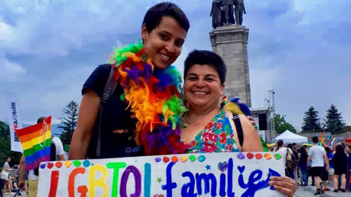 Bulgaristan, Evli Lezbiyen Bir Çiftin Haklarını İlk Kez Tanıdı!