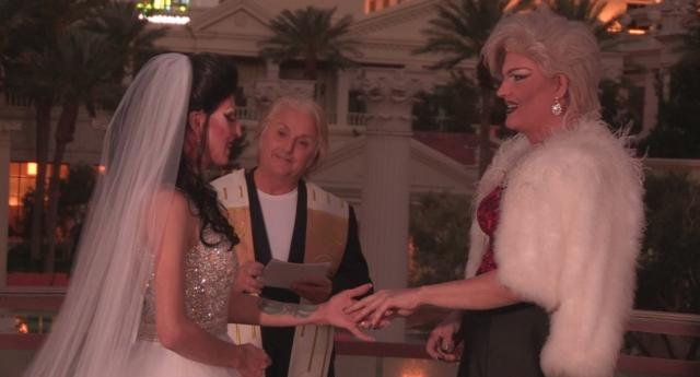 Say Yes To The Dress Programında Evlenen Drag Queen Çift Göz Kamaştırdı