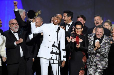 LOS ANGELES, CA – SEPTEMBER 17:  RuPaul (C) and cast and crew accept the Outstanding Reality-Competition Program for 'RuPaul's Drag Race' onstage during the 70th Emmy Awards at Microsoft Theater on September 17, 2018 in Los Angeles, California.  (Photo by Kevin Winter/Getty Images)