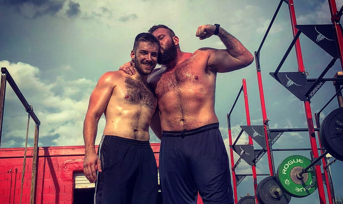Eşcinsel Erkeklerin Yeni Sporu Güreş Mi?