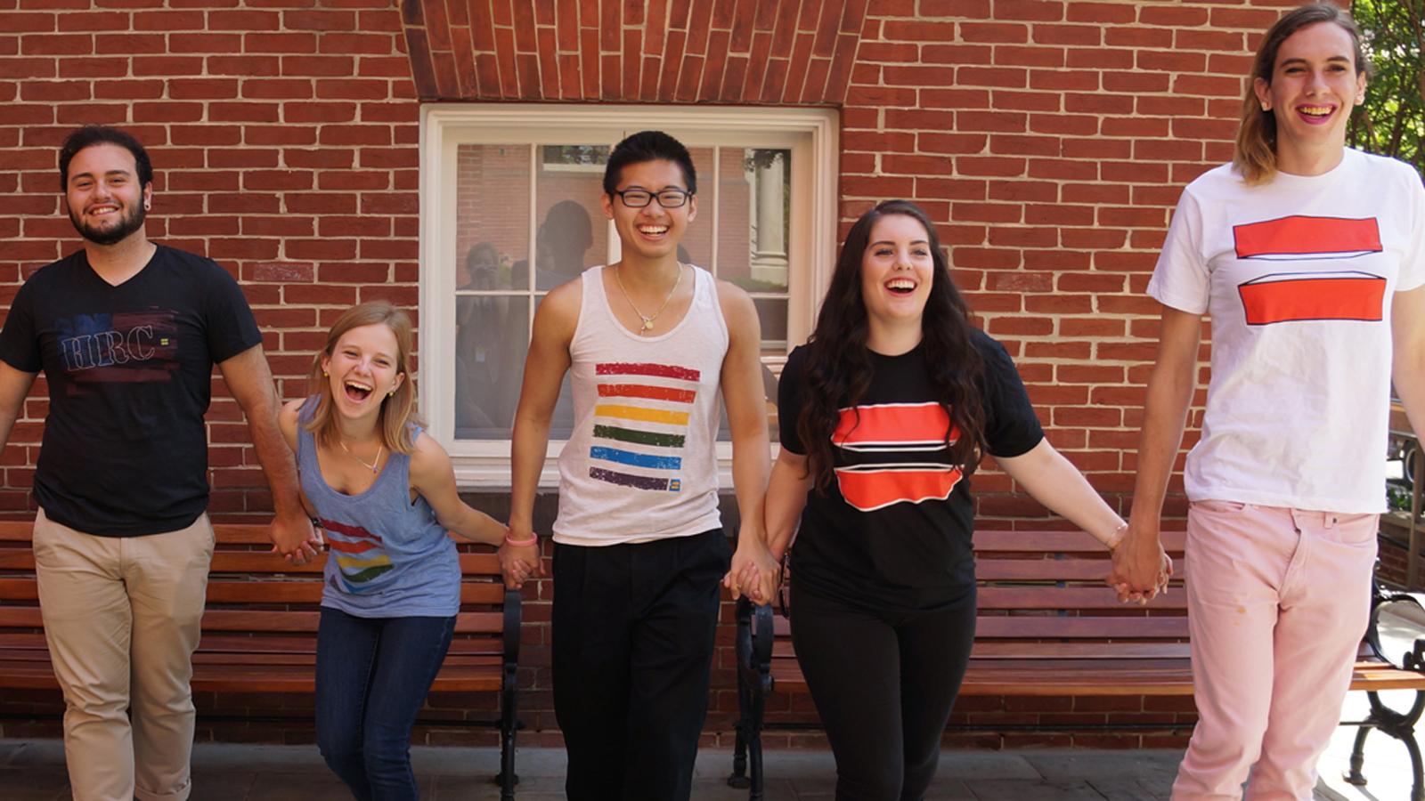 Okulunuzun LGBT Dostu Olmasına Yardımcı Olabilecek 10 Yöntem