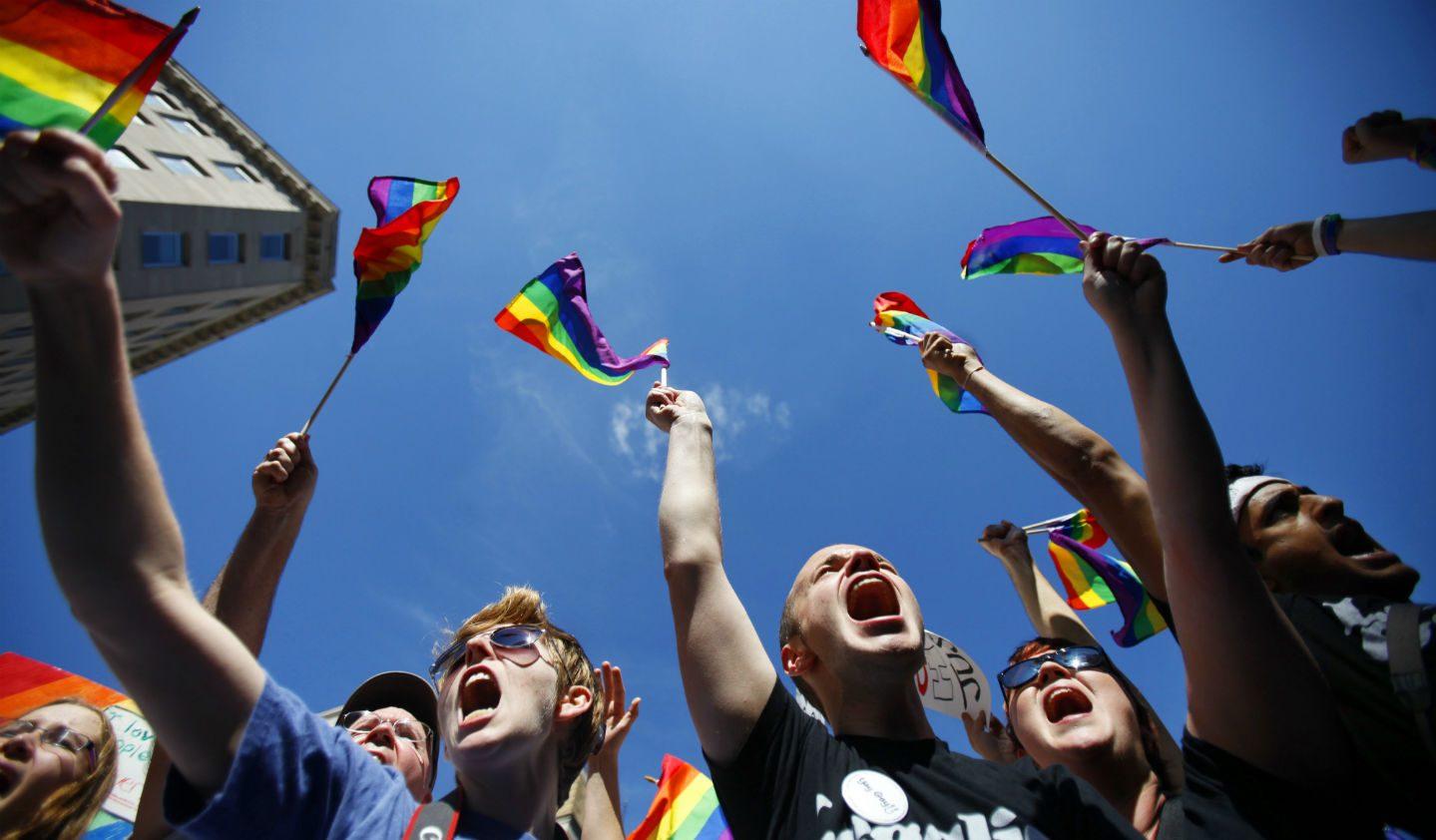DÜNYADA BİR İLK! O Ülkede Artık Homofobi ve Transfobinin Cezası 3 Yıl Hapis!