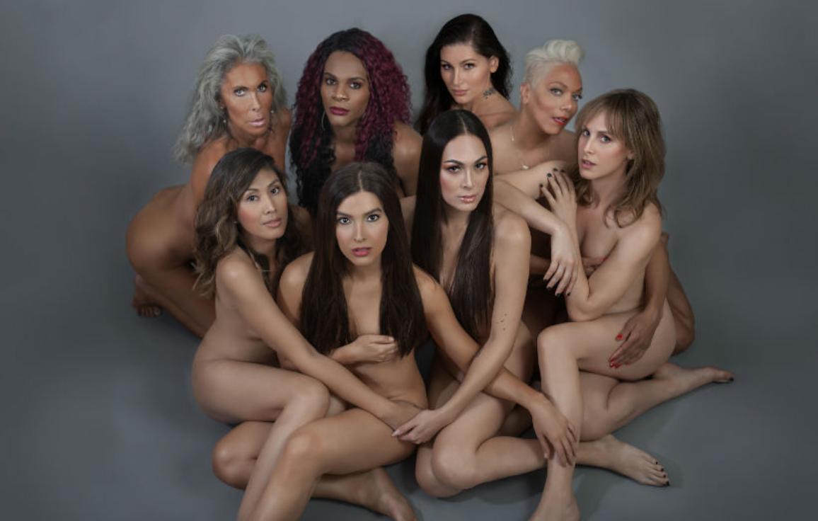 Ünlü Trans Kadınlar Victoria's Secret'a Tepki İçin Soyundu