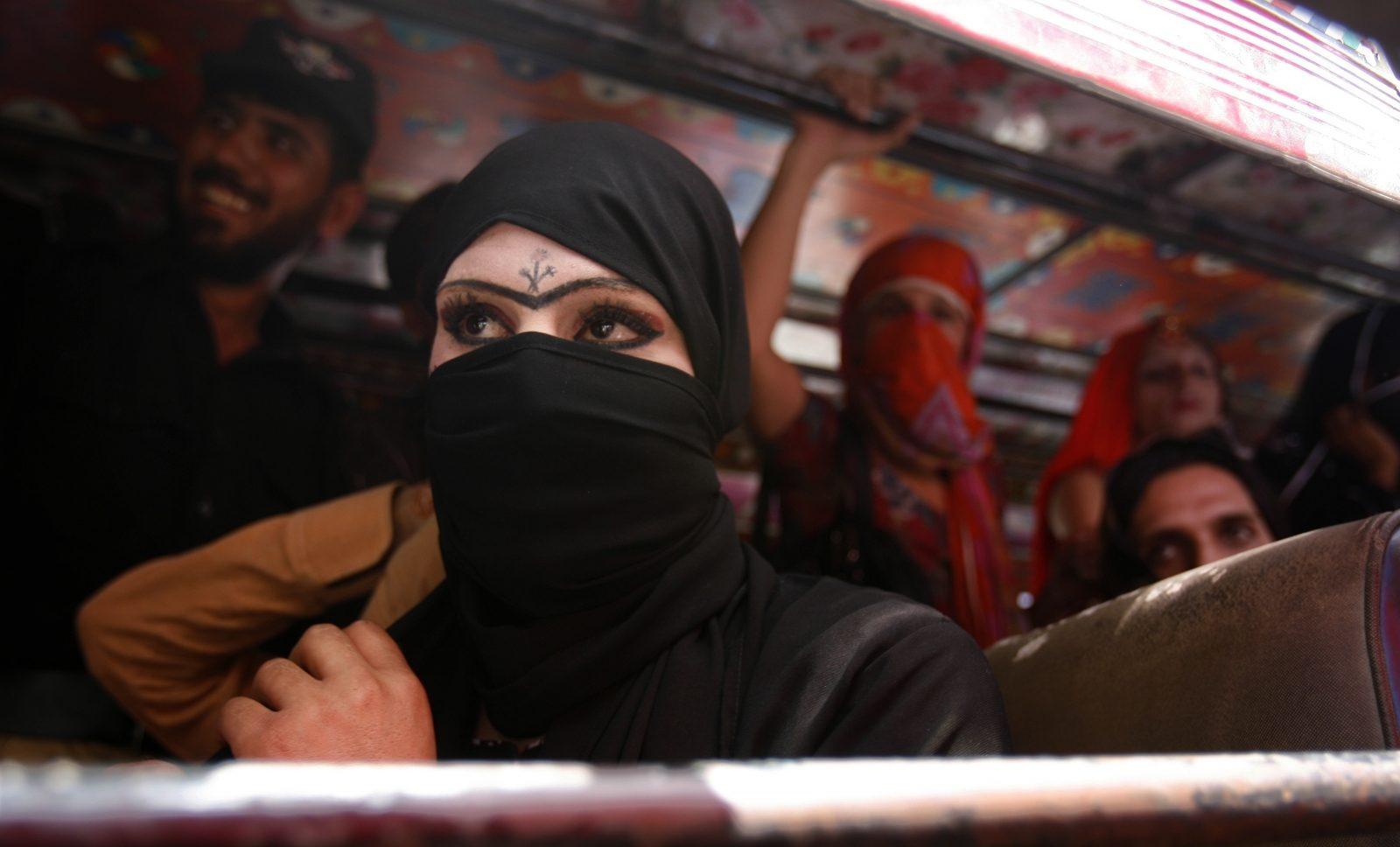 Trans Kadınları İşyerinde Taciz Etmek Pakistan'da Yasa Dışı Olacak