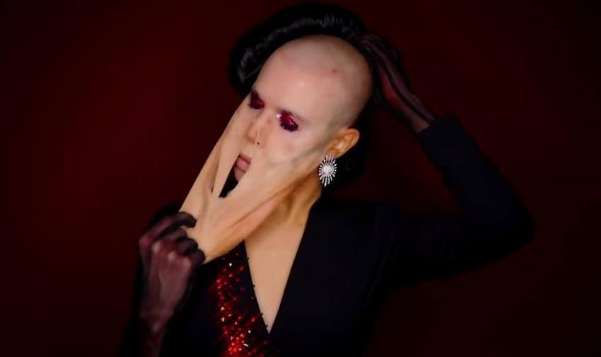 İzleyin: Ünlü Drag Queen Alexis Stone, Yeni Videosunda Takipçilerini Şoka Uğrattı!