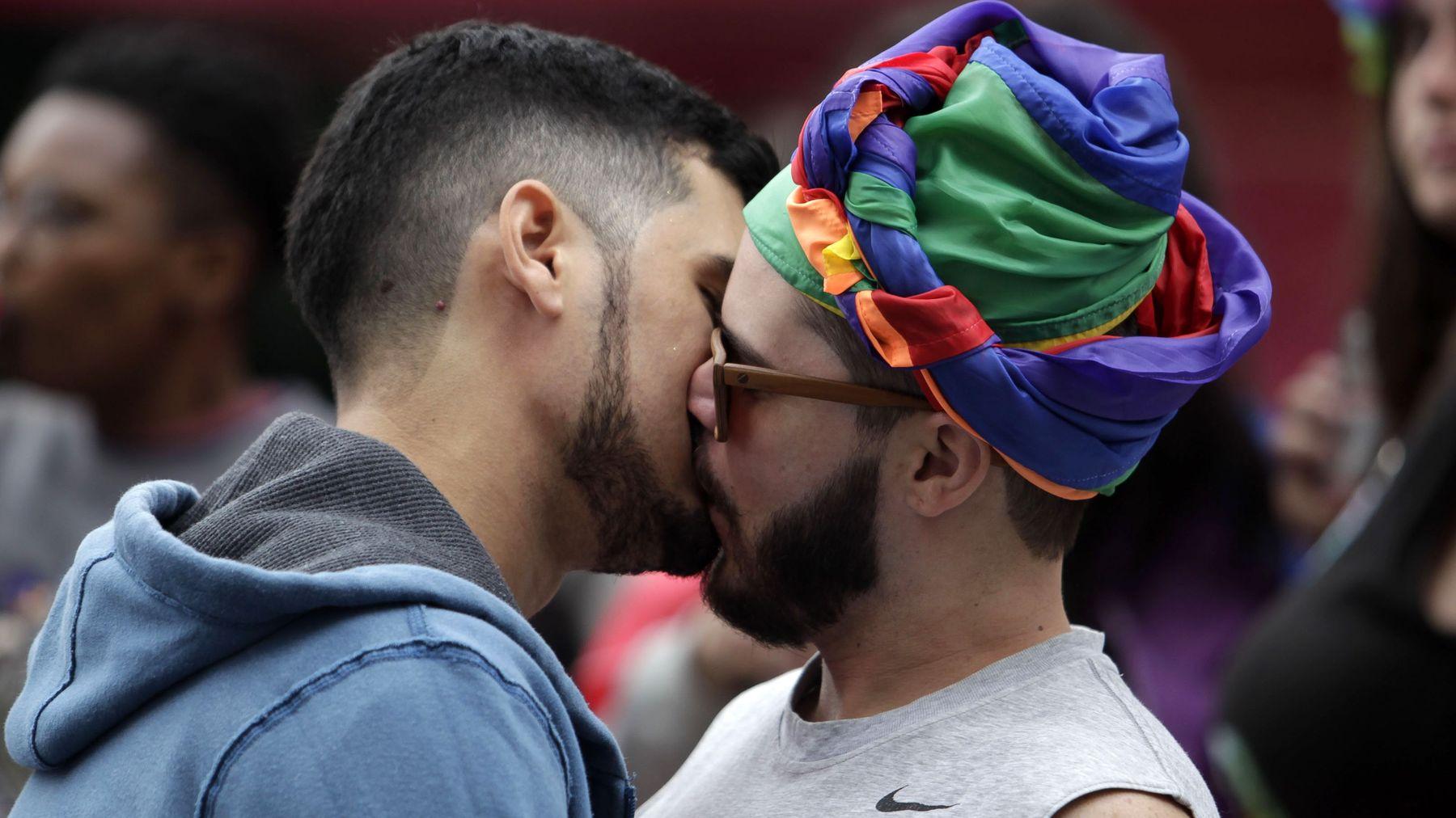 Brezilya'daki LGBT Çiftler Evlilik Eşitliği Kalkmadan Bir An Önce Evlenmek İstiyor