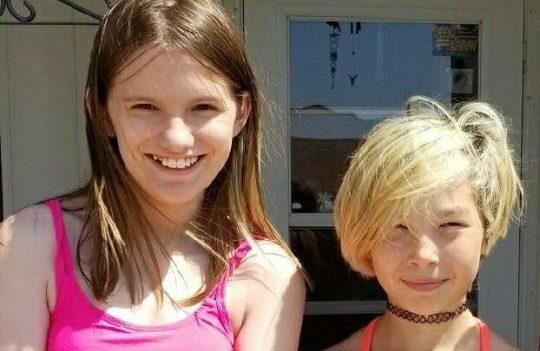11 Yaşındaki Kızlar, Anti-Eşcinsel Zorbalık Nedeniyle Arka Arkaya İntihar Etti!