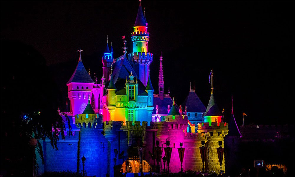 Disney'den LGBT Dostu Tur: Magical Pride