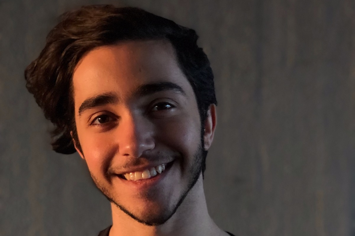 İsveç'e Sığınmak İsteyen 19 Yaşındaki İranlı Eşcinsel Genç Ülkesinde İdam Edilebilir!