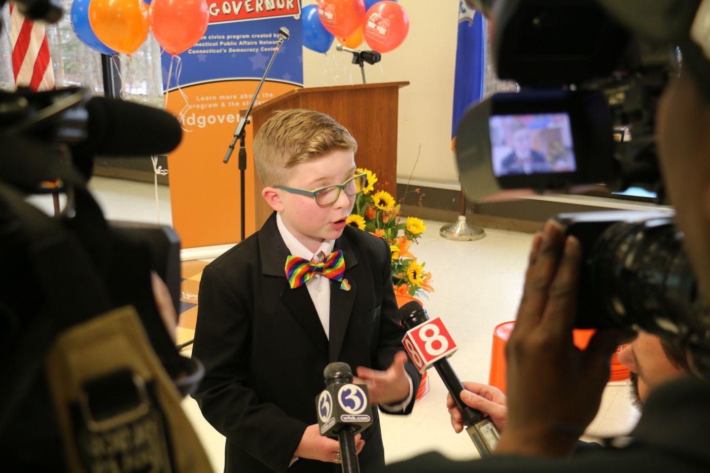 ABD'nin İlk Lezbiyen Başkanı Olmak İsteyen 11 Yaşındaki Ella Briggs ile Tanışın