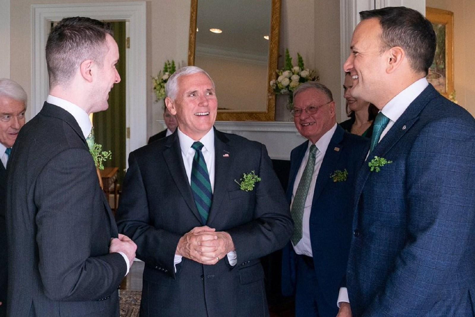 İrlanda'nın Gay Başbakanı Leo Varadkar Homofobik Başkan Yardımcısının Davetine Erkek Arkadaşıyla Katıldı