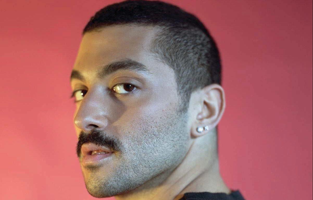 Müslüman Gay Rock Yıldızı, İslam – LGBT Gerginliği Hakkında Konuştu
