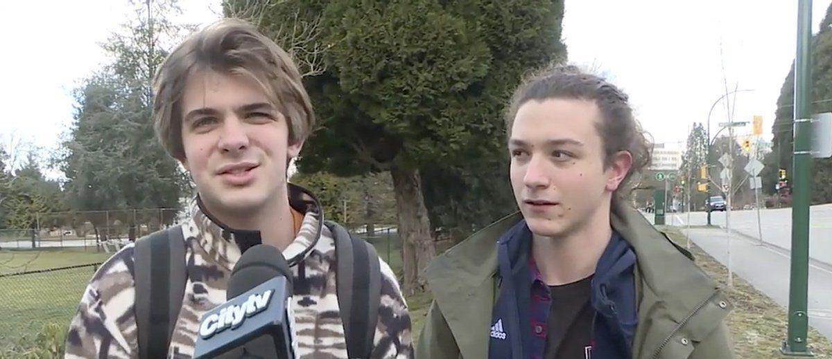 Bir Grup Lise Öğrencisinden 'Eşcinsel Listesi' Skandalı!