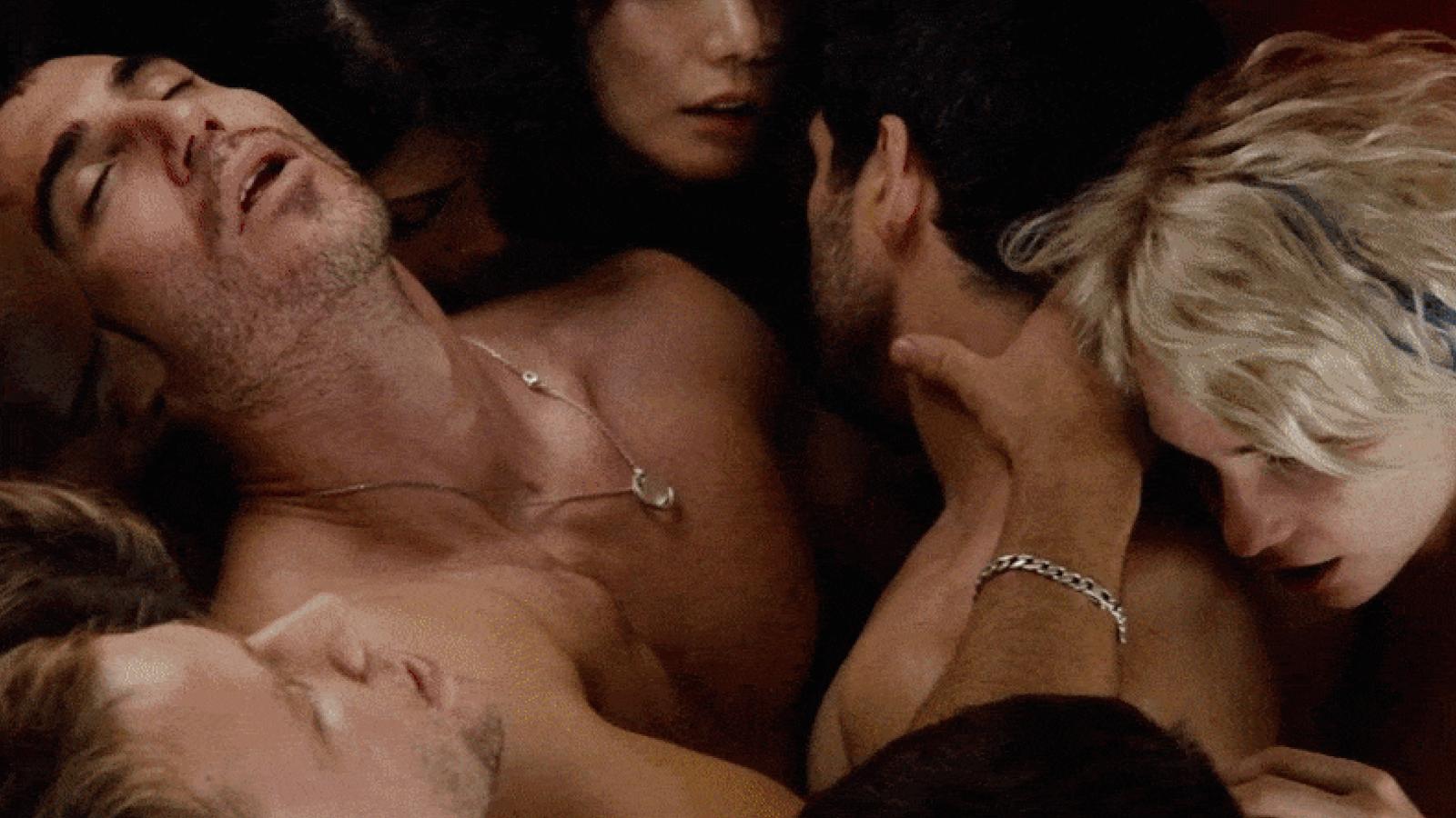 Sense8'teki Tüm Seks Sahnelerini Sizin İçin Sıraladık!