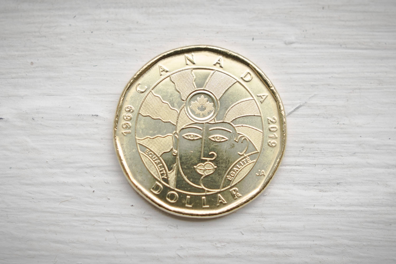 Kanada'nın LGBT Dostu Bozuk Parası Kullanıma Girdi