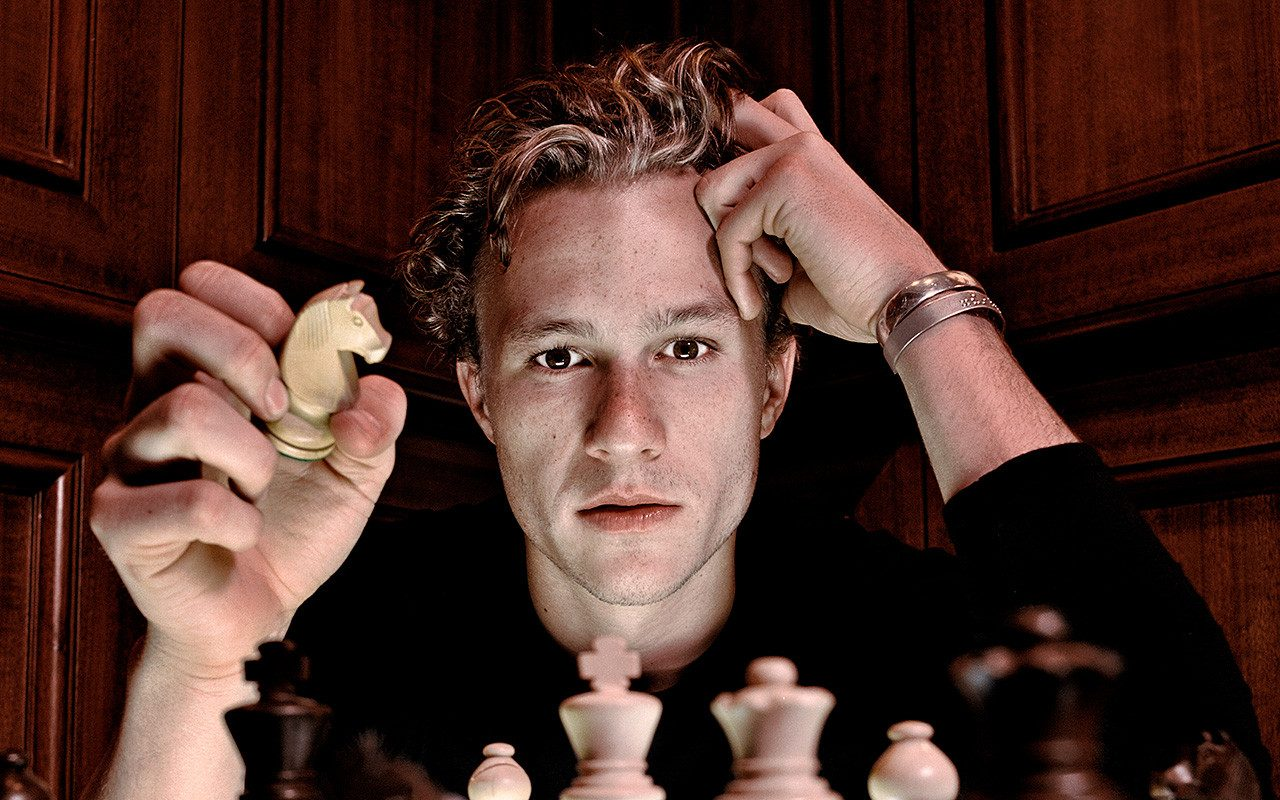 Heteroseksüel Yönetmenden Yıllar Sonra Gelen İtiraf: Heath Ledger ile Yatmak İstedim
