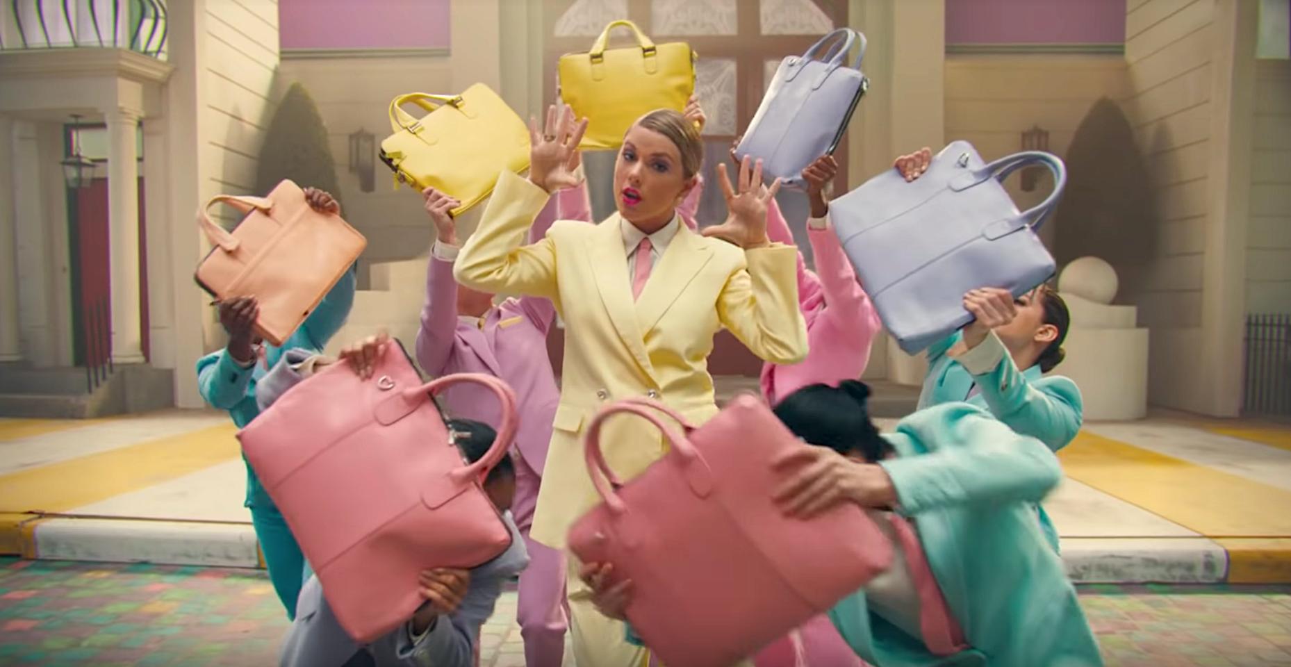 İzleyin: Taylor Swift Yeni Kuir Videosu 'ME!' İle Açıldı Mı?